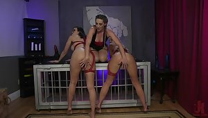 Lesbian threesome domination in a kinky scenery