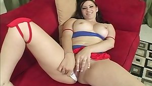 After blowing massive BBC waxen whore with small tits gets cuni in return